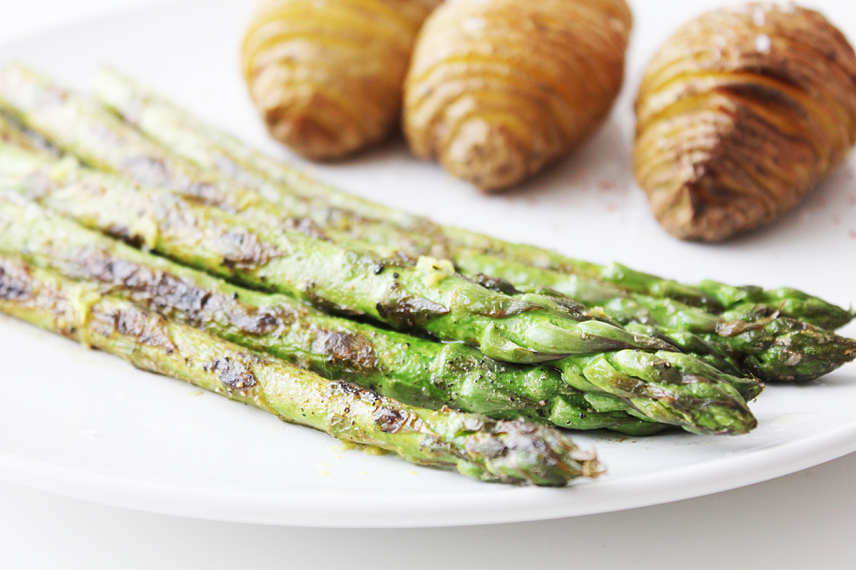 Green Asparagus and Hasselback Potatoes