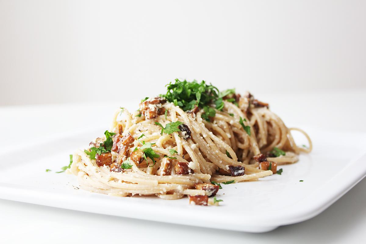 authentic vegan spaghetti alla carbonara cheap and. Black Bedroom Furniture Sets. Home Design Ideas