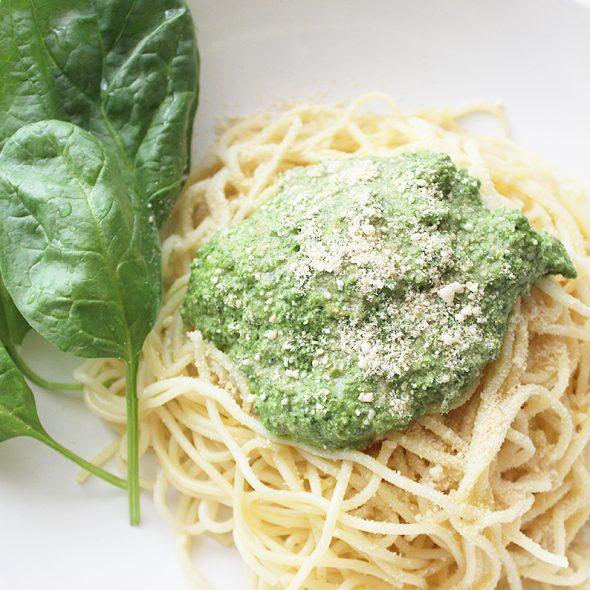 Spinat-Basilikum-Pesto Spaghetti Cover