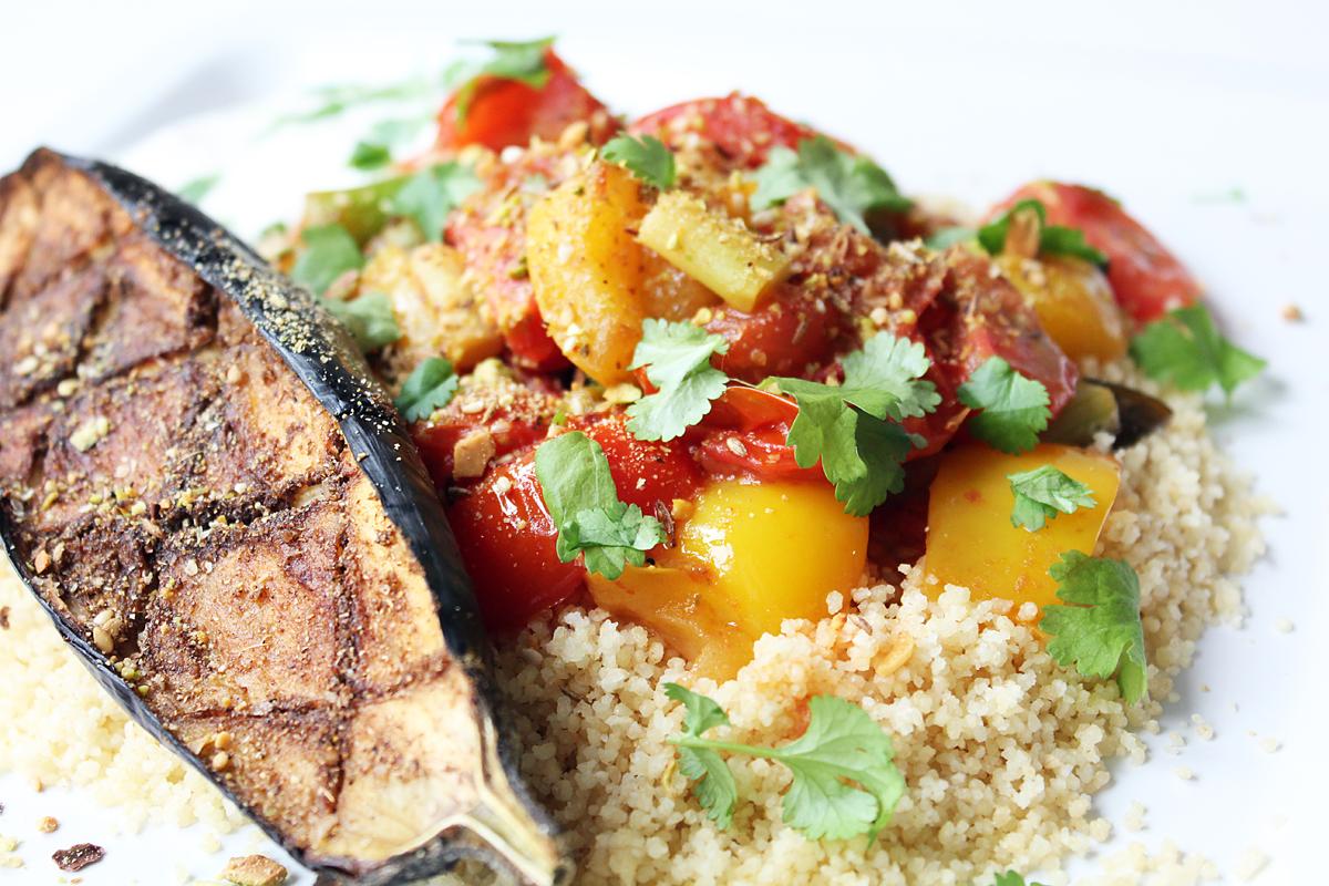 Gemüse-Couscous mit Aubergine