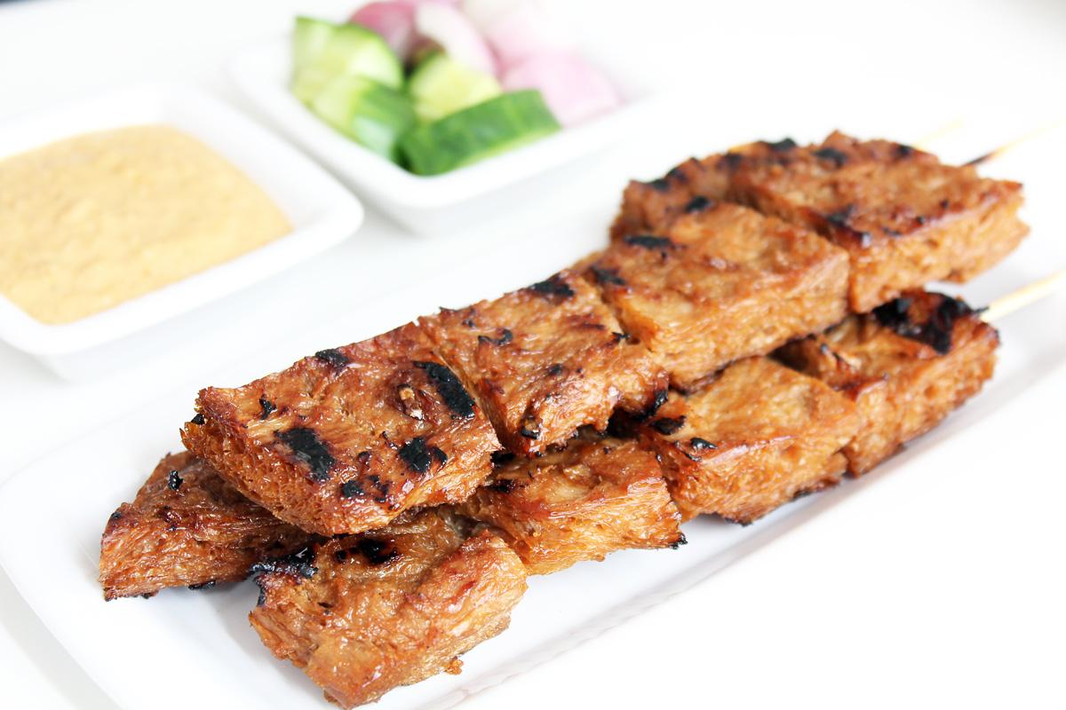 Vegan Satay With Peanut Sauce