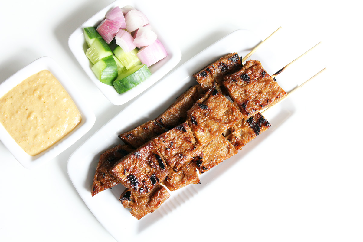 Vegan Satay With Peanut Sauce