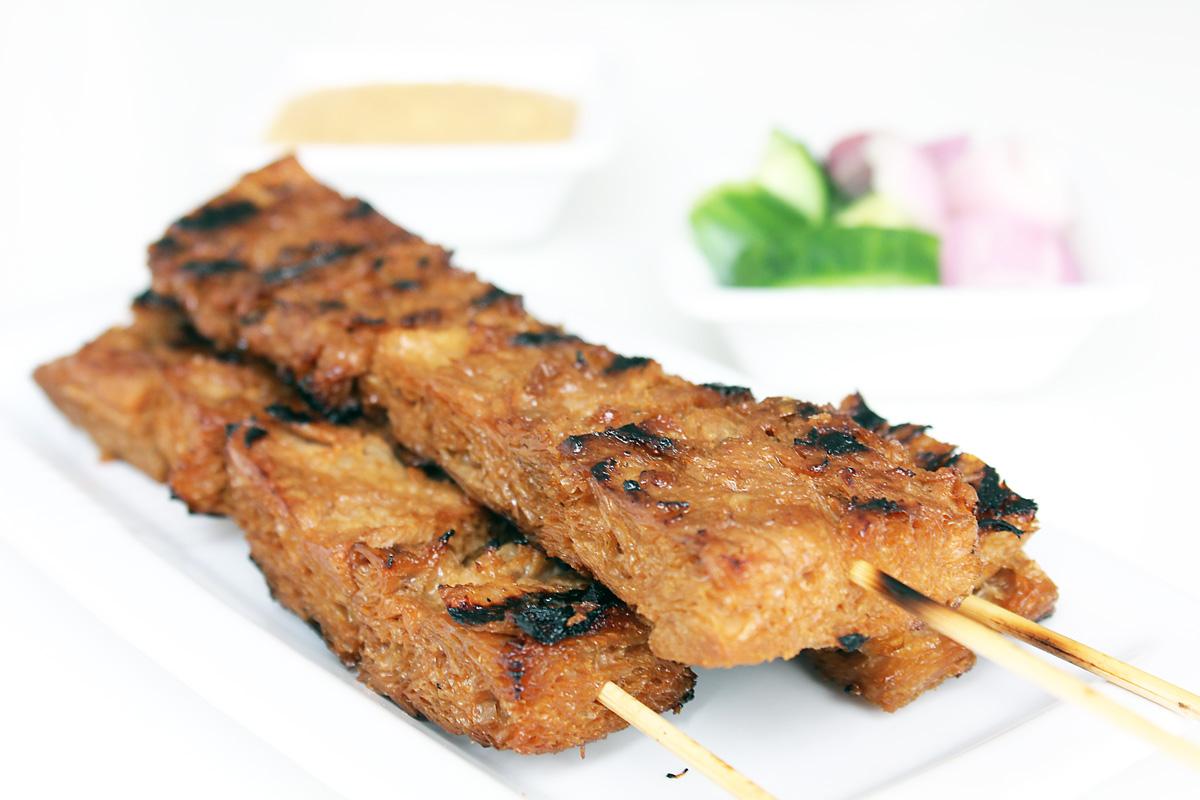 Vegane Satay mit Erdnusssauce