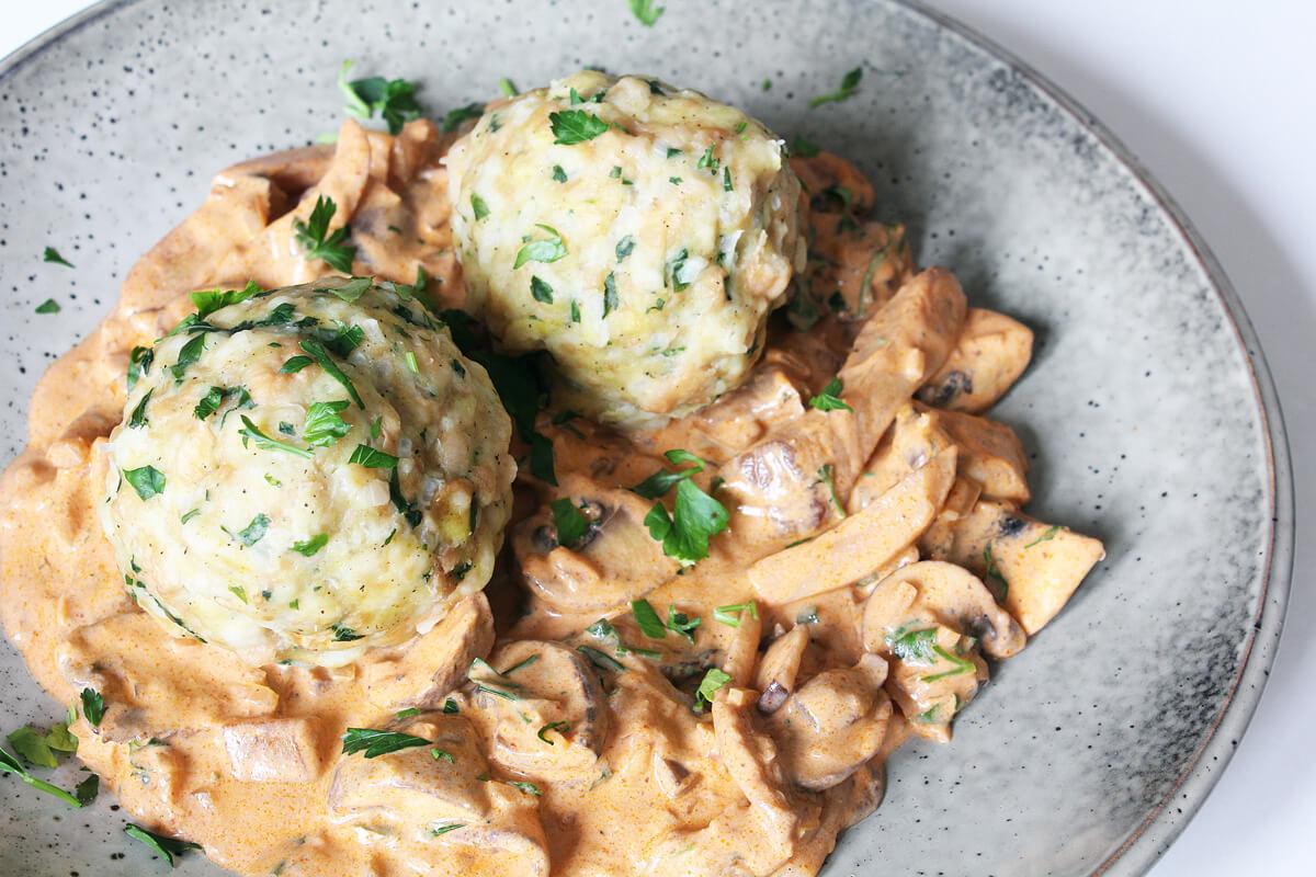 Quick Mushroom Goulash