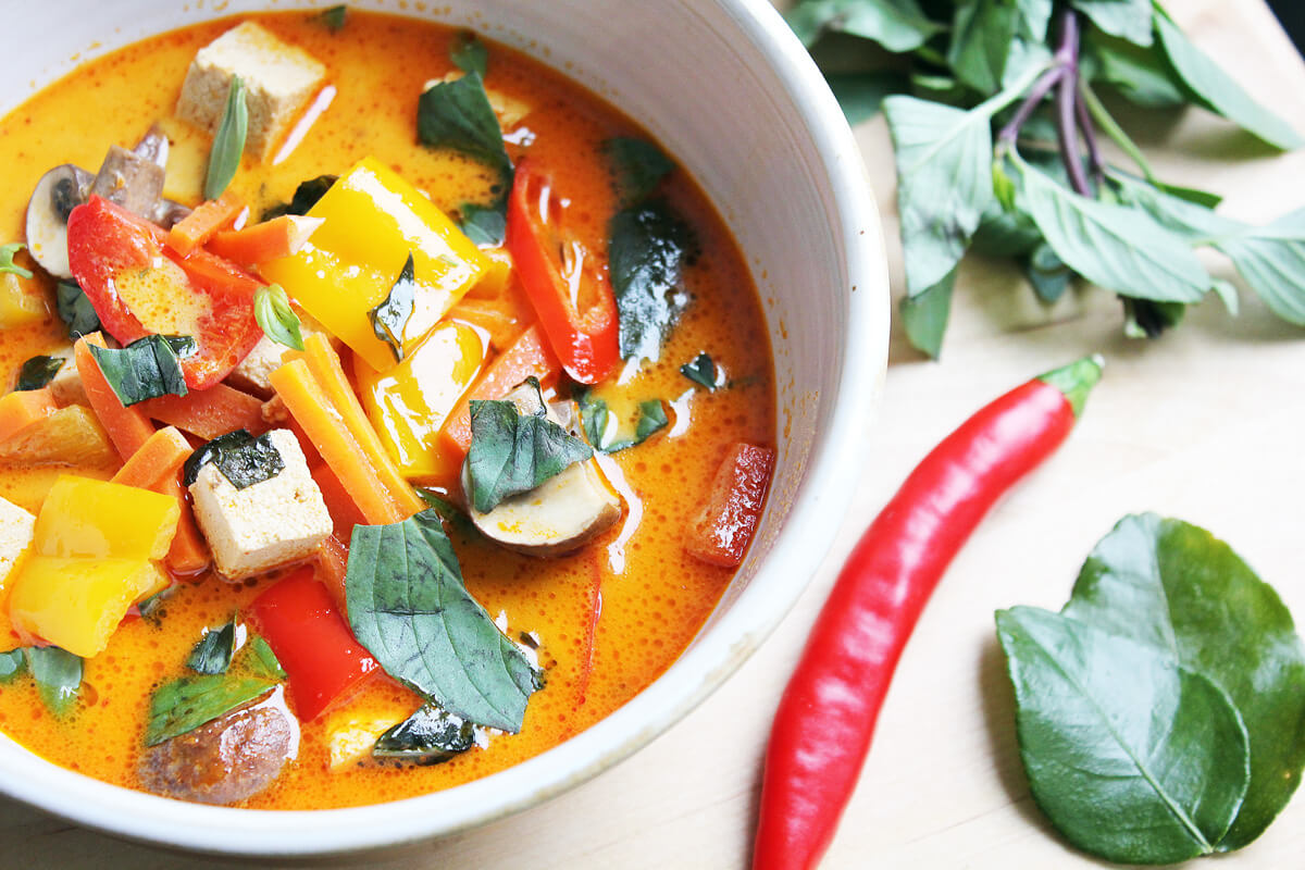 Red Thai Curry With Tofu (Vegan)