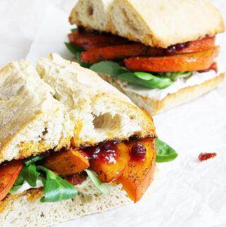 Veganes Kürbis Sandwich