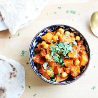 Kürbis-Kichererbsen-Curry mit Chapati