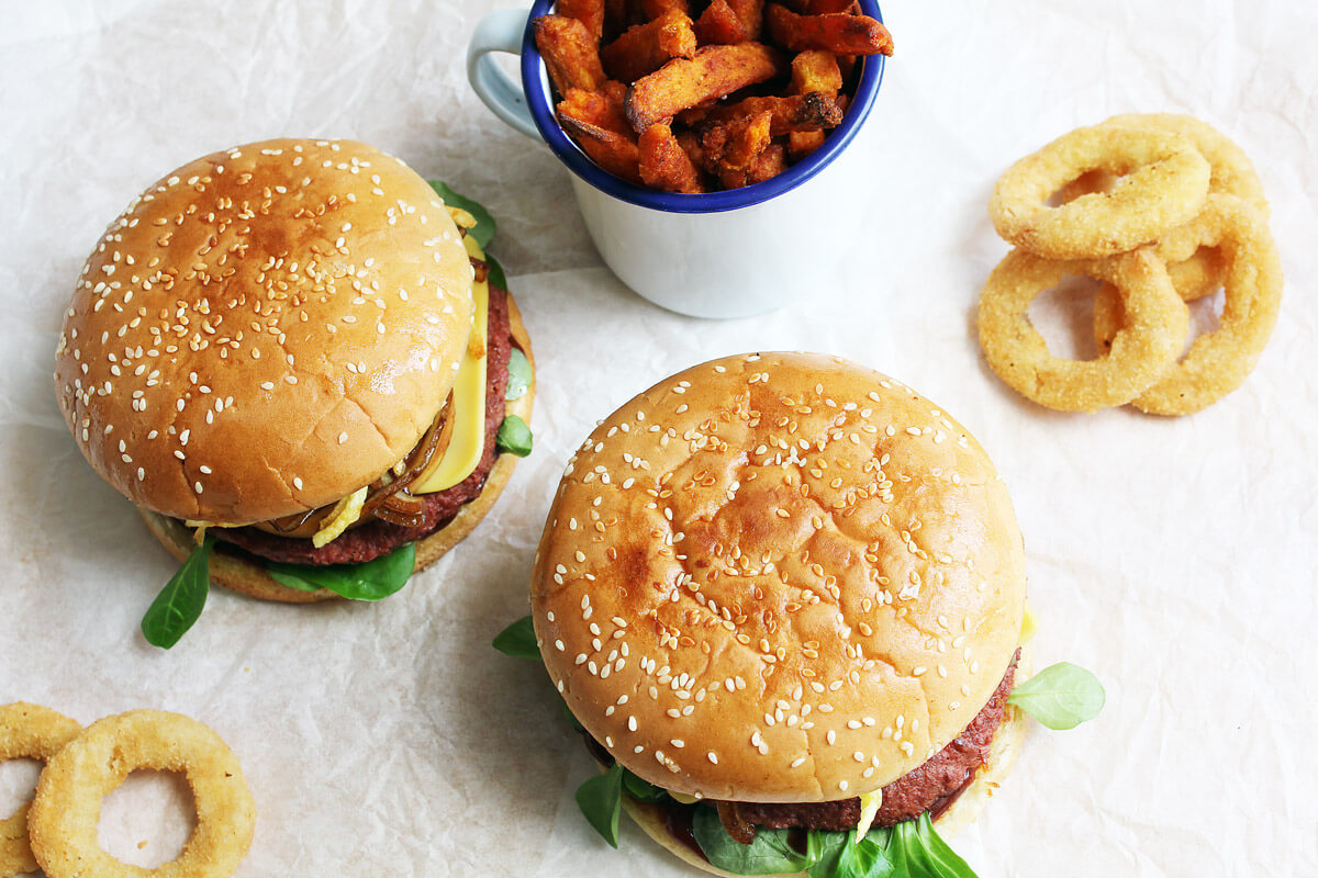 Vegan Autumn Burger with Caramelised Apple
