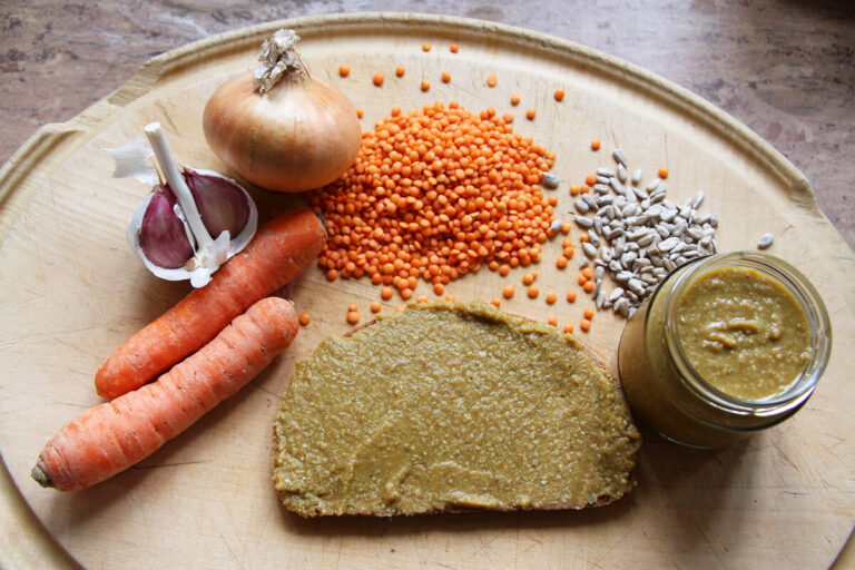 Lentil Spread with Carrot