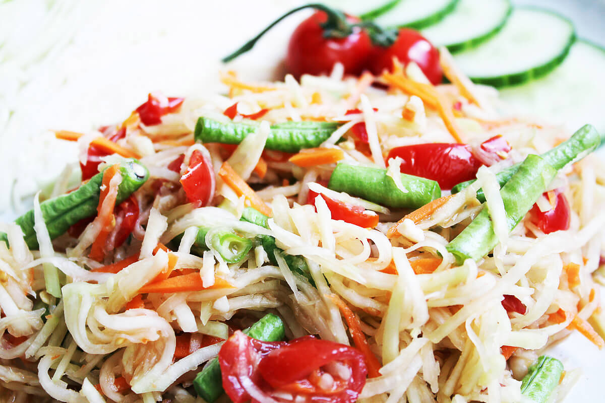 12+ Thai Style Kohlrabi Salad Som Tam   Cheap And Cheerful Cooking Kollektion