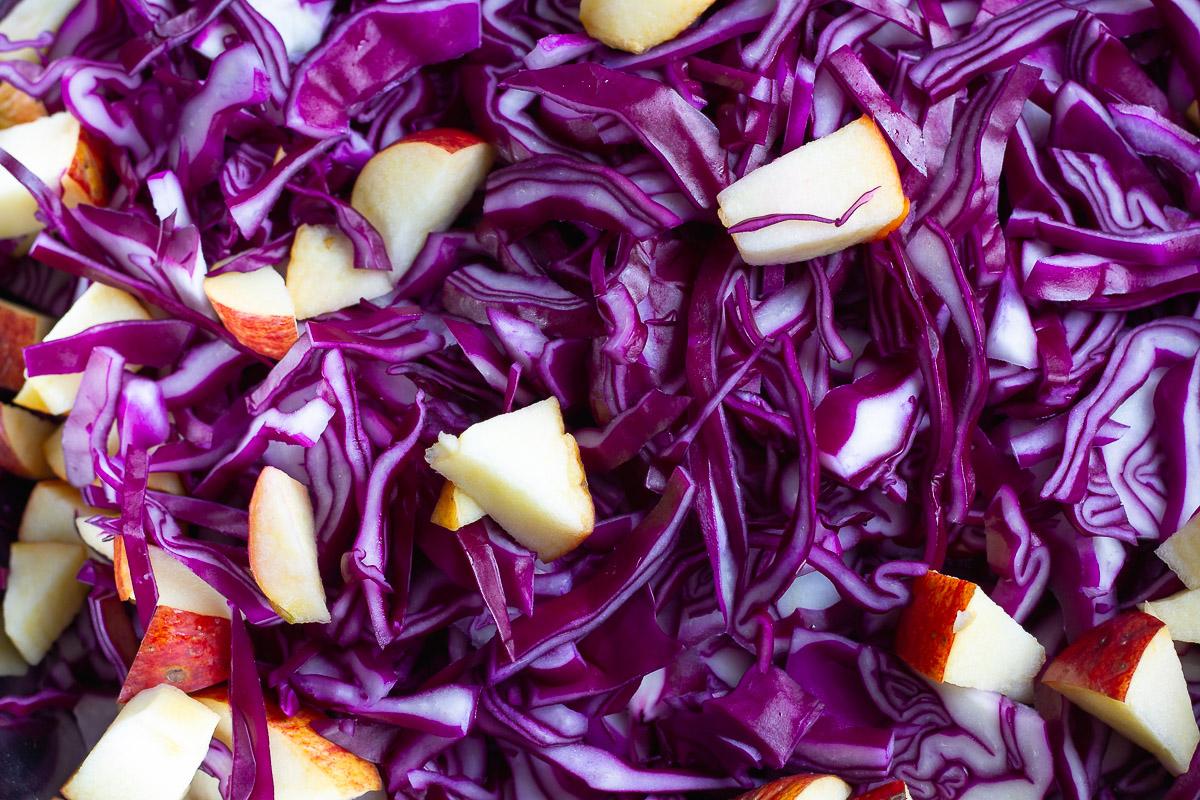 Veganer Apfel-Rotkohl