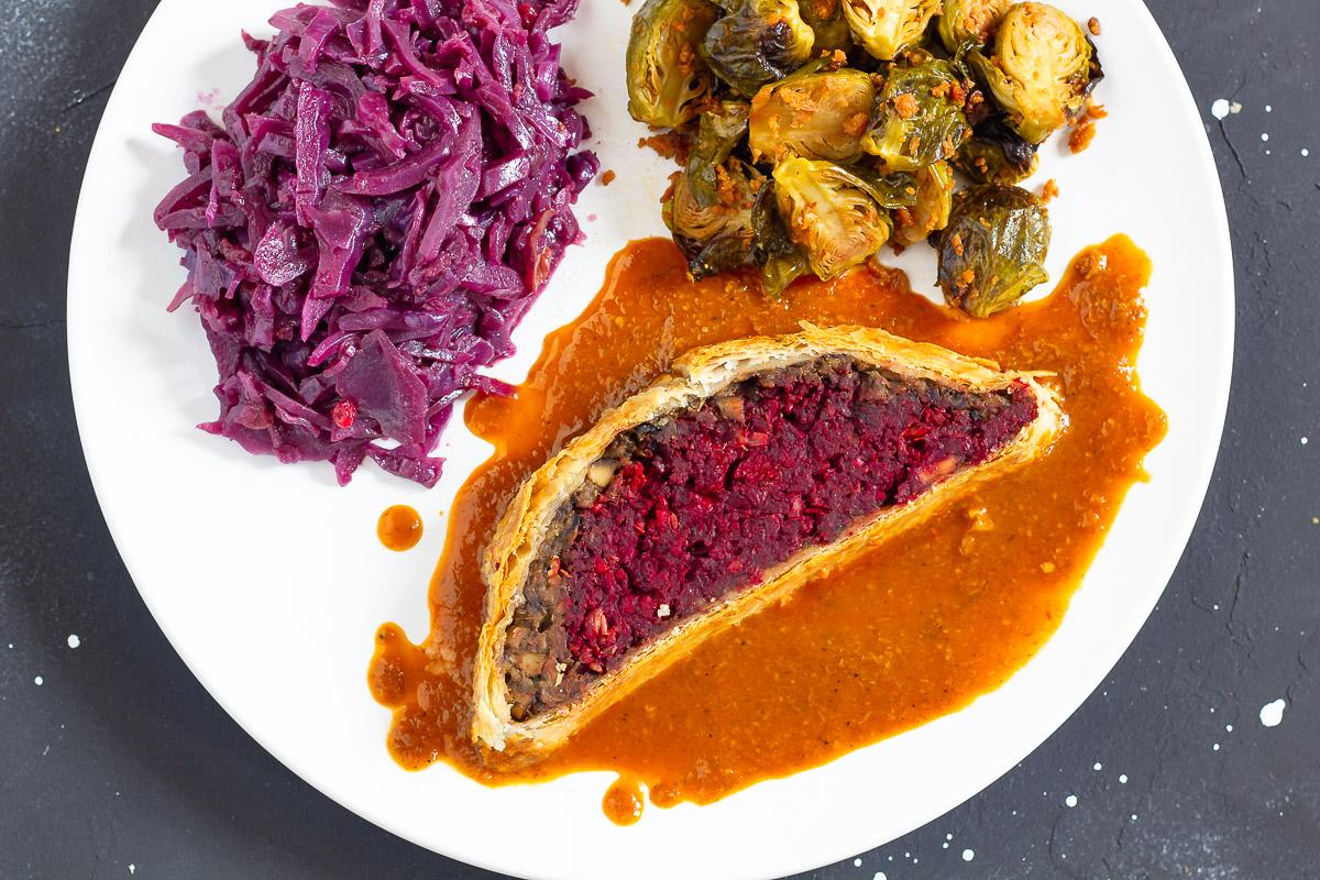 Veganes Filet Wellington mit Rote Bete