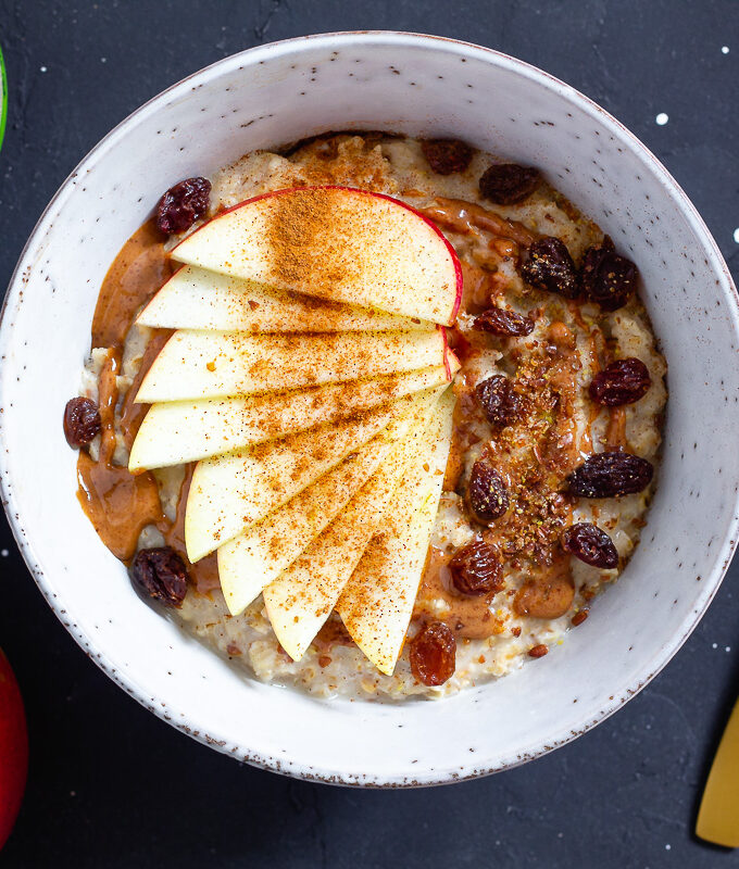 Super Quick Porridge with Apple, Cinnamon & Almond