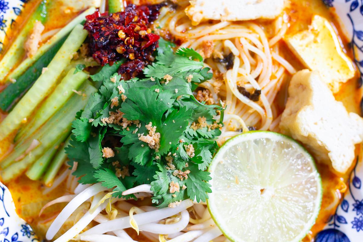 Vegan Curry Laksa - Malaysian Noodle Soup