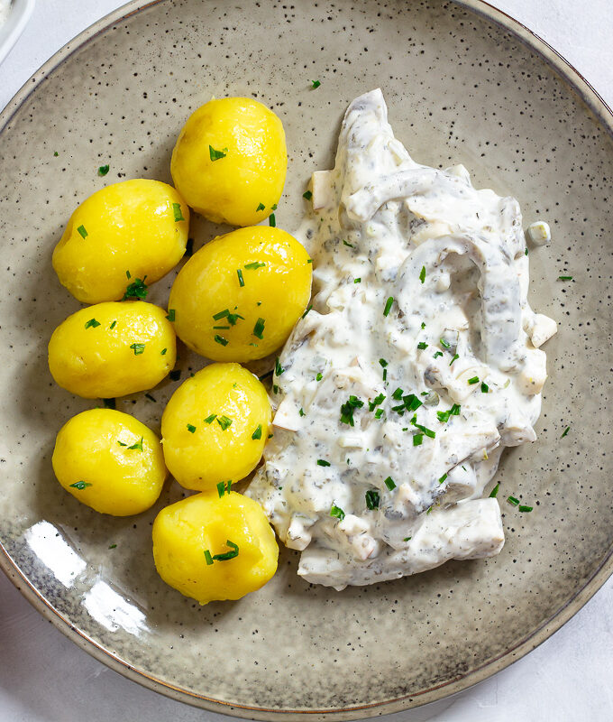 Vegan Pickled Herring in Cream Sauce