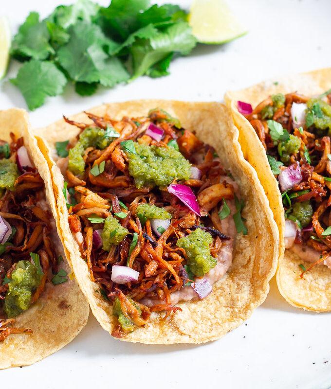 Vegane Carnitas Tacos mit Pulled Pilz