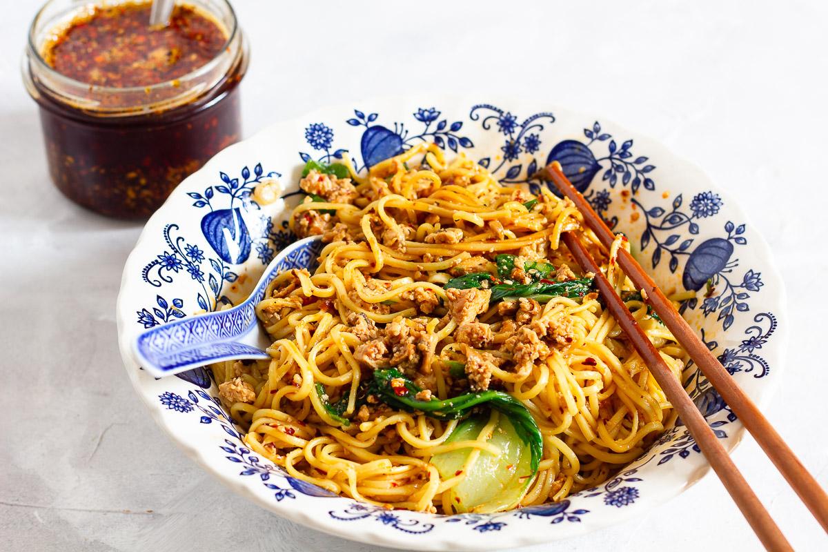 Vegane Dan Dan Mian - Scharfe Szechuan Nudeln