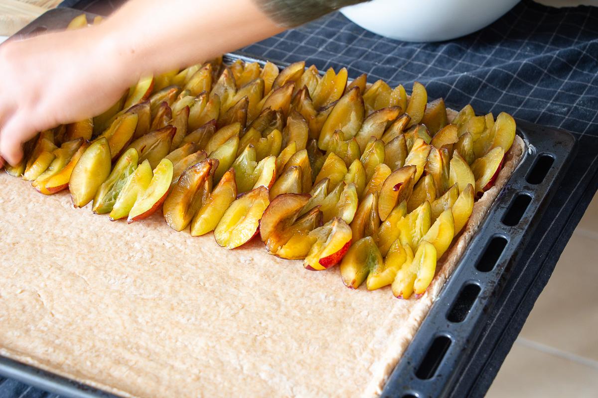 Veganer Zwetschgenkuchen (Zwetschgendatschi)